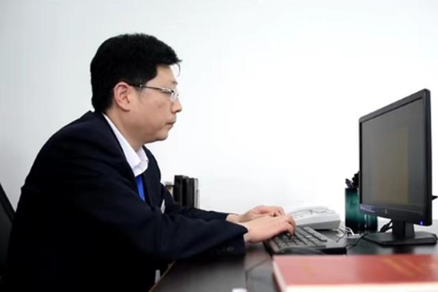 """【大数据人才故事】张冠聪:做大数据时代的""""领头雁"""""""