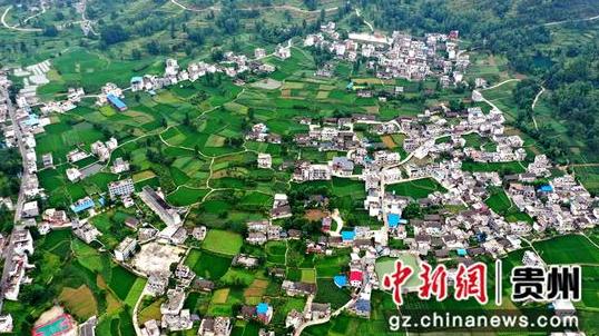 沙壩村全貌 麻占江攝