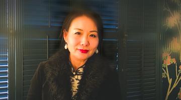 贵州女作家张兰在美因车祸不幸去世