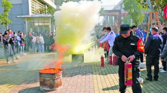 贵安消防多举措做好消防安全工作