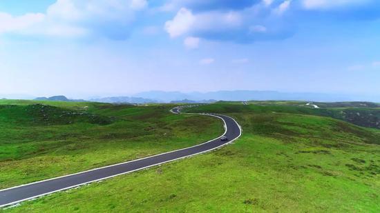 《阿西里西大草原艺术公路》