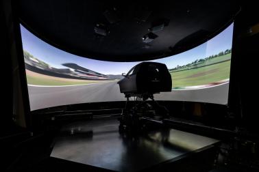 最新一代搭载DiM驾驶模拟技术的动态模拟器