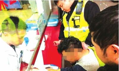 交警带杨某前往抽血送检。