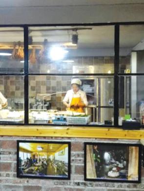 """贵州已有餐饮店20万家 33091家已实施""""明厨亮灶"""""""