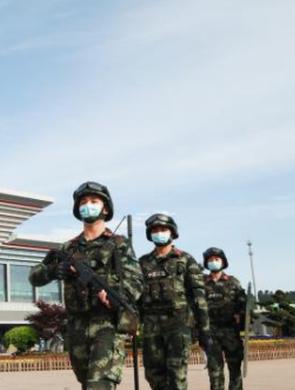 五一假期武警贵阳支队护市民平安