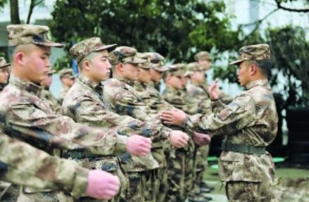 贵阳1653名预定新兵开启役前教育训练