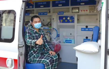 一个患者出院。