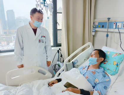 贵医附院完成一例罕见肾移植手术
