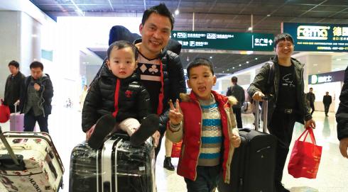 乘客顺利抵达贵阳北站。 记者邱凌峰 摄