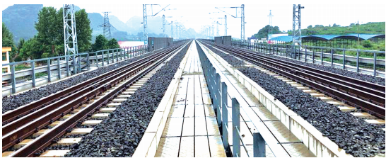 铜玉铁路。