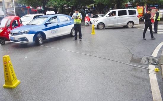 出租车撞伤行人致死 公司负责人面临大罚单