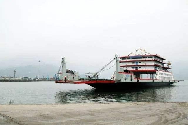 海南海上滚装船舶管理新规:特殊车辆可不熄火