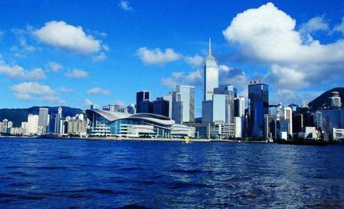 梁振英:海南自贸区(港)建设将为港澳台投资者带来重大机遇