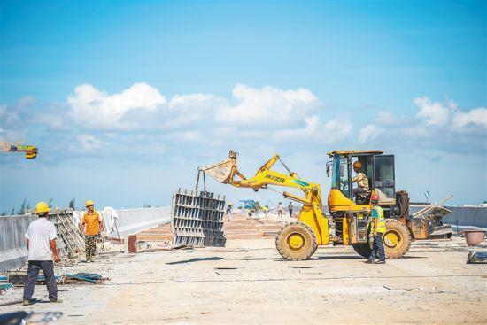 海口绕城高速二期项目全速推进