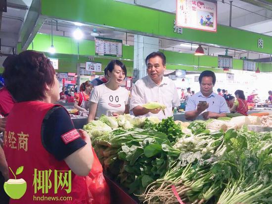 �?谛阌⑶髟�420吨蔬菜 保障国