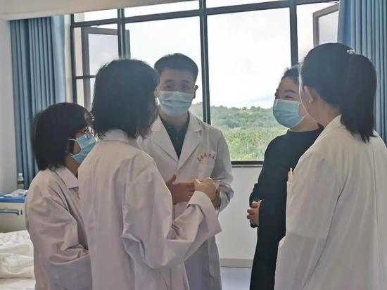 海南省人民医院专家开出罕见慢性病库欣综合症新特药处方