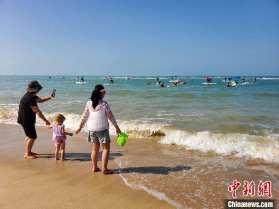 龙沐湾滨海乐园试营业 填补海南岛西南无海上旅游项目空白