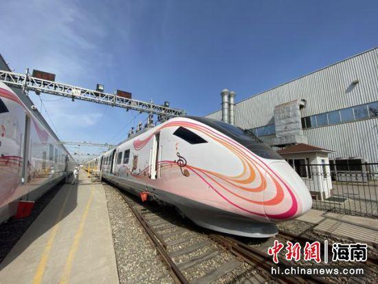 澄迈县采购的CRH6F-A型列车。来源:澄迈县城投公司