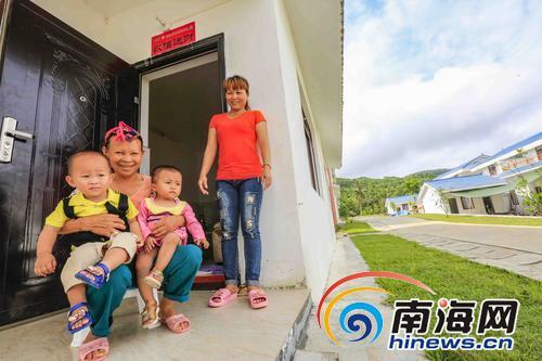 屯昌老教师李修雄:24年了,我终于不再担心孩子失学