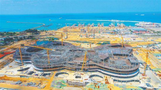 海口国际免税城免税商业中心预计明年六月正式营业