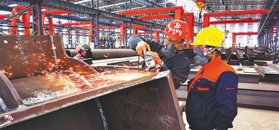 海南洋浦首个重型钢构件加工项目建成投产