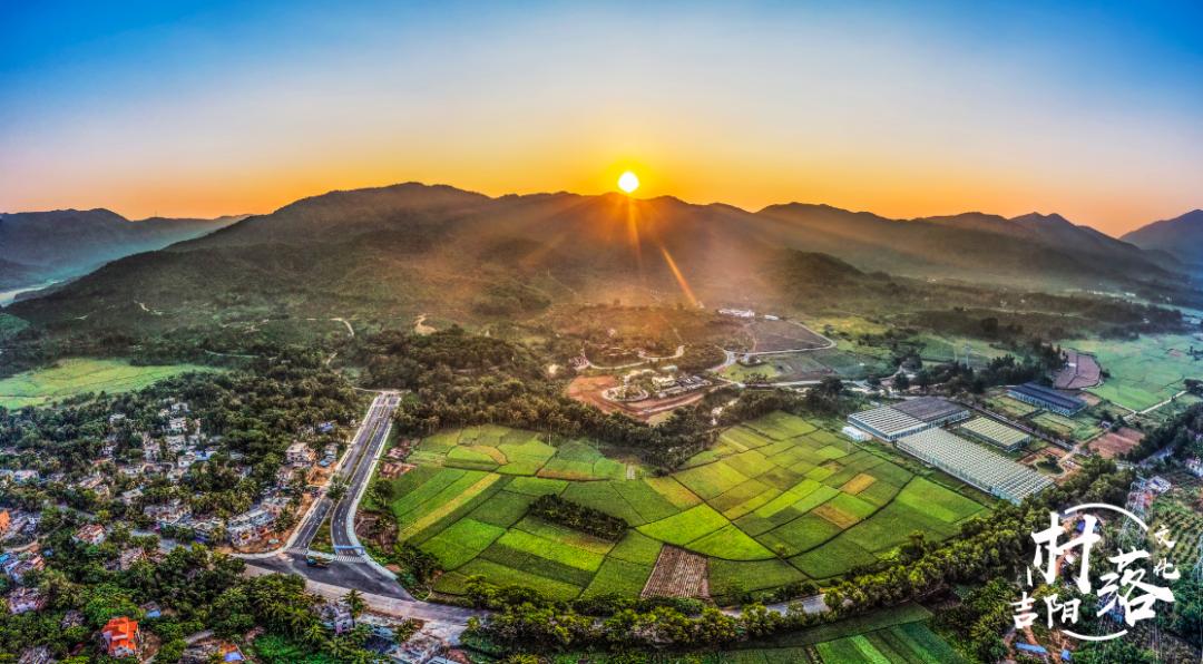 吉阳区2个村入选第二批全国乡村旅游重点村!