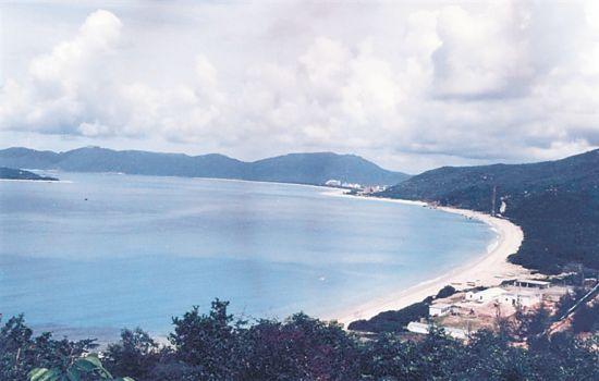 上世纪80年代后期的亚龙湾。孙清 摄