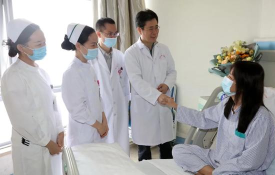 海南省人民医院:微创手术+防返流新技术成功治疗复发性胃肿瘤