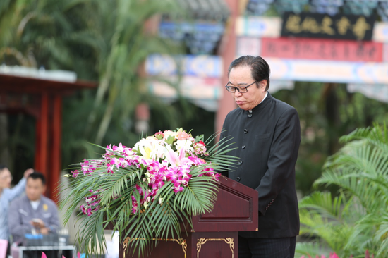 中国中医科学院科技发展合作中心主任刘选生致辞