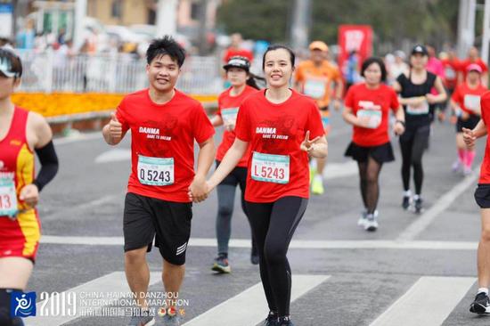 """""""儋马""""喊您奔跑海岛美丽西岸 2020海南儋州国际马拉松赛12月20日开跑"""