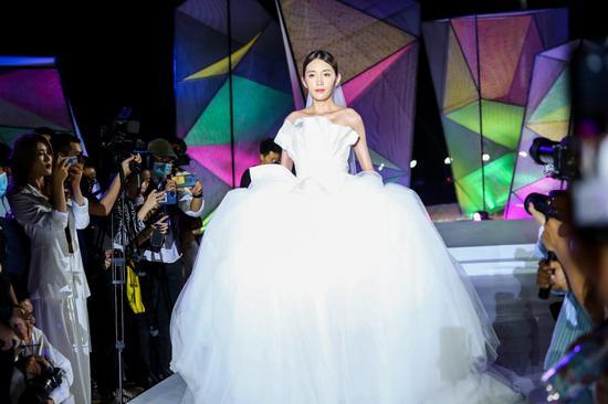 《【杏耀app注册】2020三亚天涯海角国际婚庆节年度颁奖盛典成功举办》