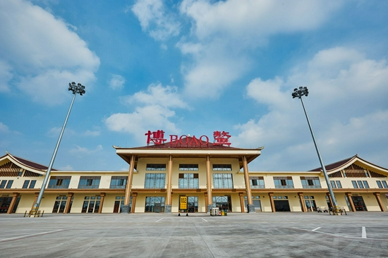 海南电网:国庆假期不停工 重点项目加快建