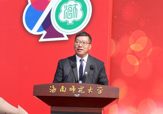 校党委副书记、校长林强