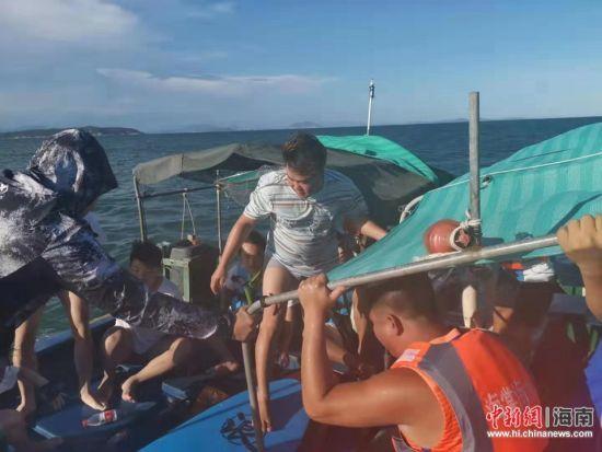 救援现场 藤海海上救援队供图