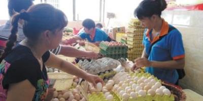 中秋来临糕点生意火 海口鸡蛋价格上涨每枚最高0.85元