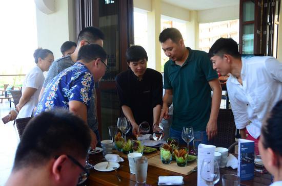 """三亚海棠湾喜来登度假酒店推出""""对味""""中国菜单"""