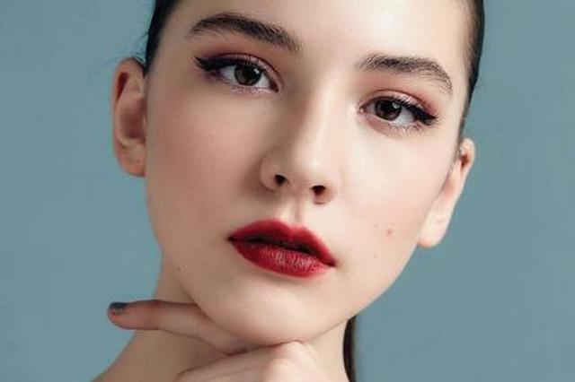 """上海警方通报""""14岁俄罗斯女模特在沪死亡事件"""""""