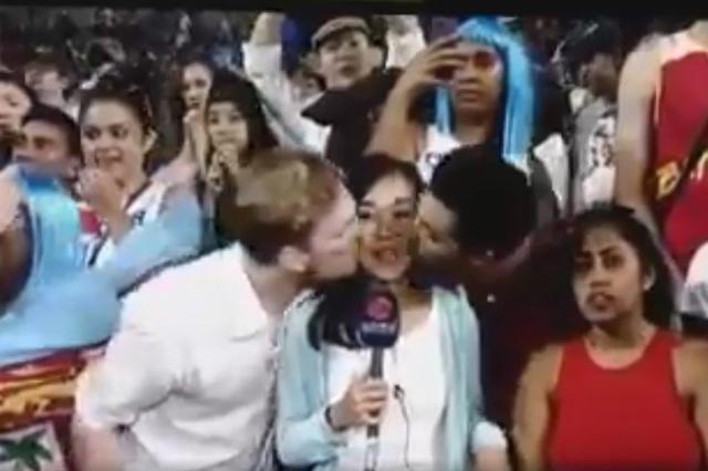 女记者直播时被外籍男强吻 公司高管:一笑置之