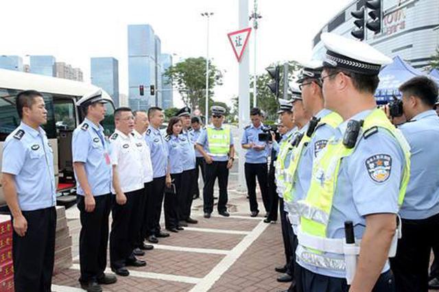 海南交警开展护考行动 保障接送考生车辆顺利通行