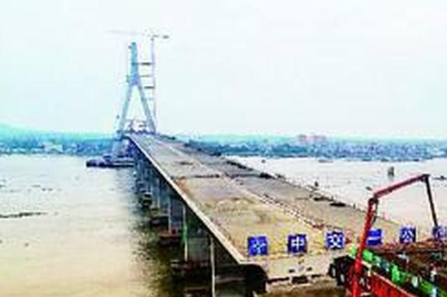 海南铺前大桥建设提速 主桥预计9月底合龙