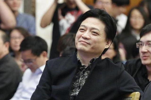 崔永元发文回应冯小刚:你的罪恶都在我的抽屉里