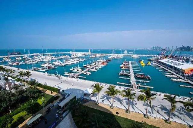 海南2019将重点发展旅游业、现代服务业等