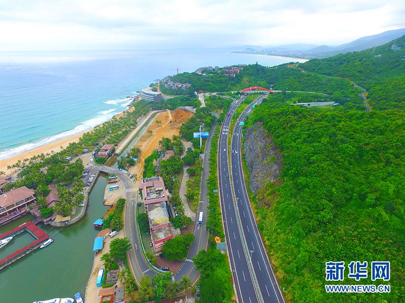 海南省长沈晓明:要求加快推进环岛旅游公路建设