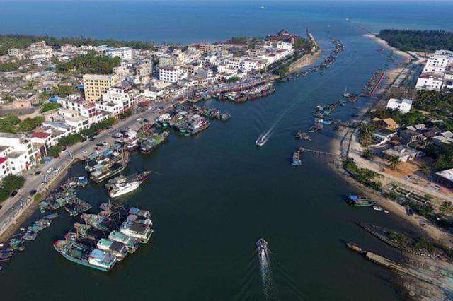 海南自贸试验区营商环境建设座谈会海口召开