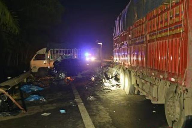 海南临高一较大交通事故严肃处理19名相关责任人