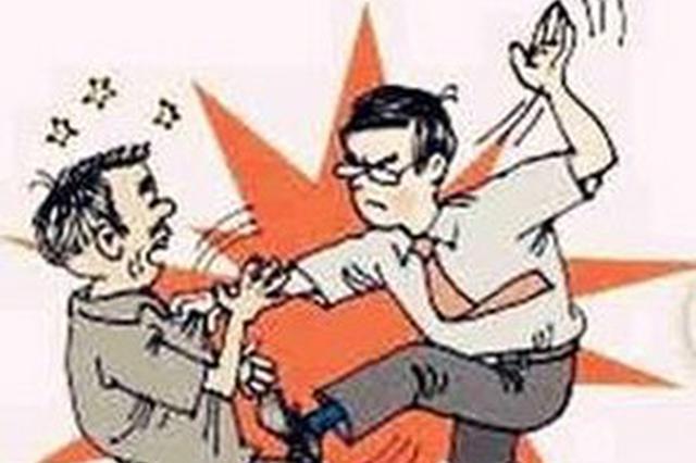 男子海口拉客与人发生口角 一气之下持砖头殴打他人获刑