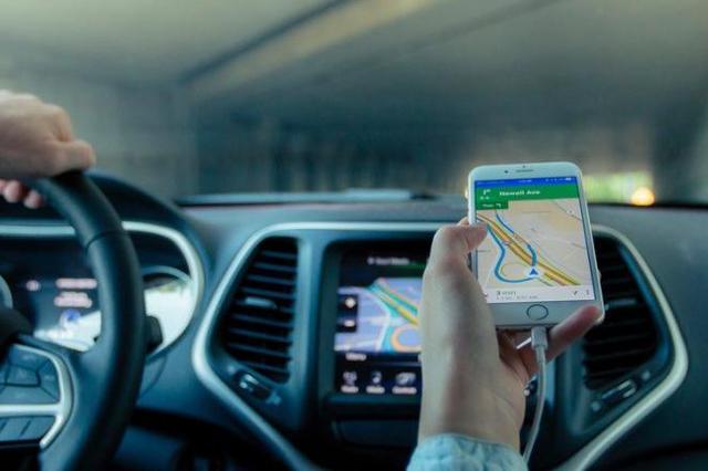 海口撤销729名网络预约出租汽车驾驶员从业资格证