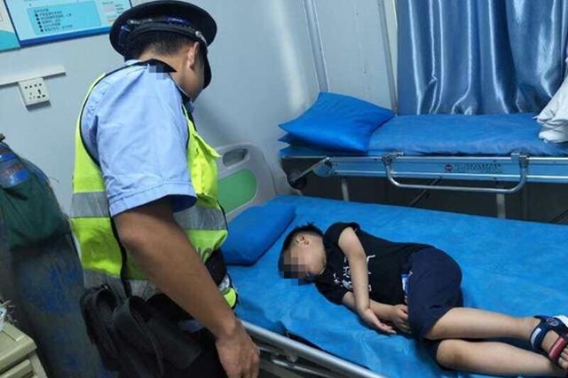 三亚路管员10分钟走通12公里生命路 昏迷男童获救助