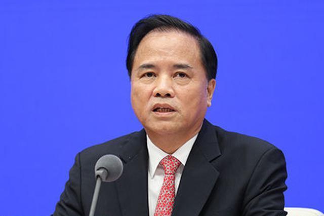 刘赐贵:不能因建自贸港出现房价大起大落