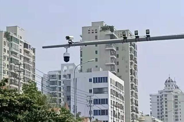 海口将启用6处电子警察抓拍违法占用公交专用道行为